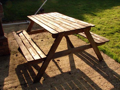 r nover une table foresti re forum d coration mobilier syst me d. Black Bedroom Furniture Sets. Home Design Ideas
