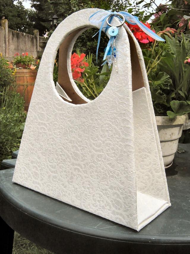 cartonnage sac main reproduction de celui de lilou. Black Bedroom Furniture Sets. Home Design Ideas