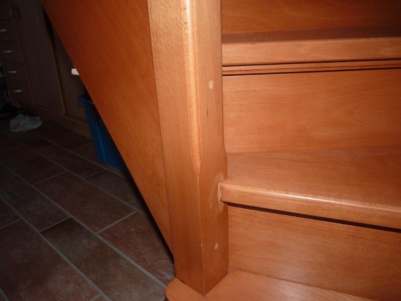 Repeindre un escalier couleur bois vitrifi for Peindre un escalier bois vitrifie
