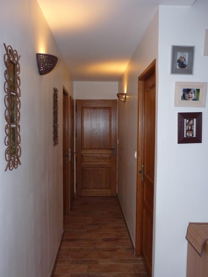 Besoin de conseil pour peinture entr e et escalier photos p1 - Peinture pour couloir d entree ...