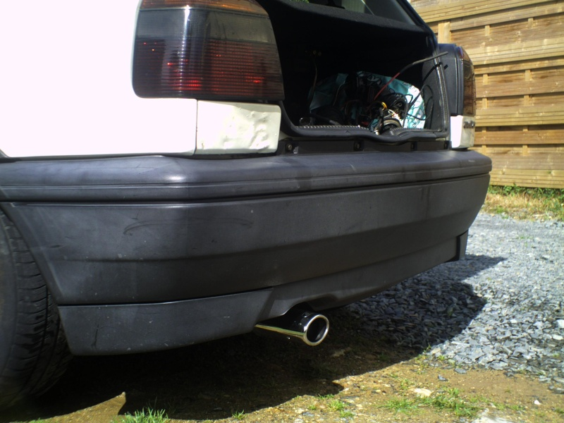 Renovation plastiques noires exterieur for Peindre plastique exterieur voiture