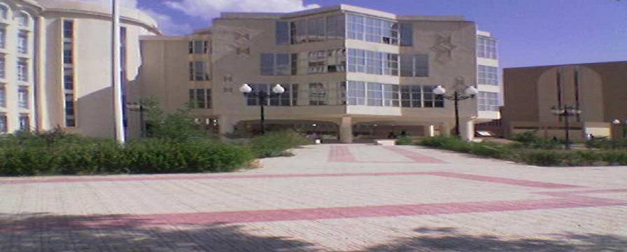 طلاب جامعات الجزائر