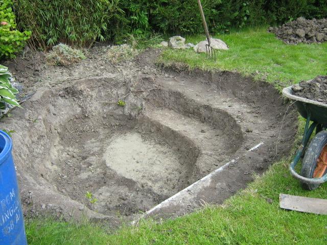 Un ch 39 tis bassin pour mes tortues for Bassin exterieur pour tortue