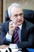SOTIRIOS HATZIGAKIS, ministre Grec de la justice depuis 2007