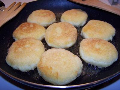 اقراص البطاطس بالجبن