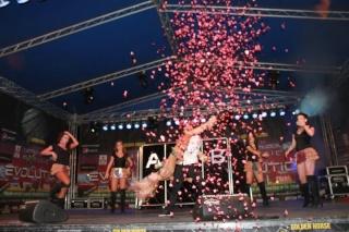 Andreea Balan pleaca in turneu in 15 orase cu Dancing Show!