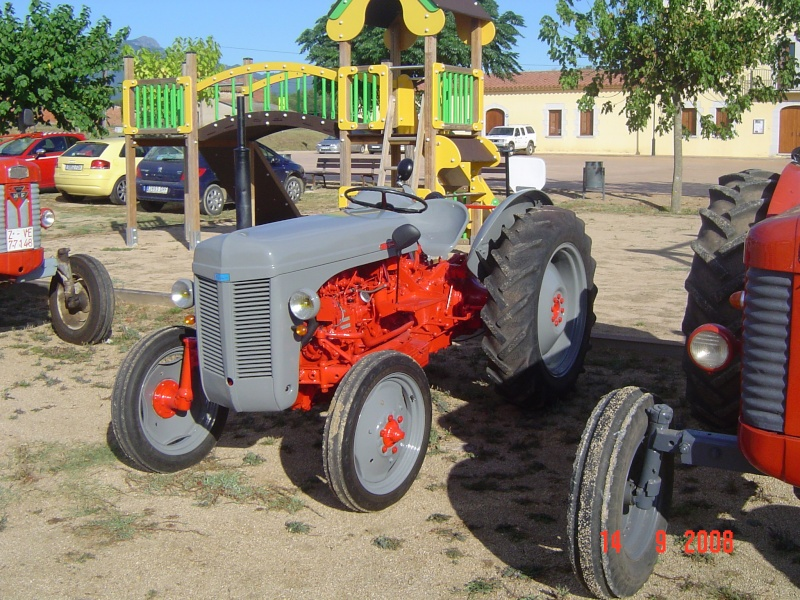 For Sale also Massey Ferguson Mf 4245 4255 K37009 Tractor Parts Catalog together with 975 reversible plow additionally Viewit furthermore 743330. on massey harris parts
