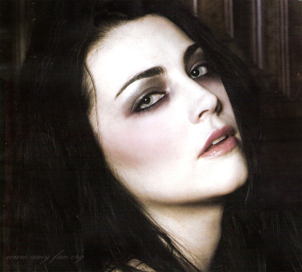 Nombre completo Amy Lynn Lee