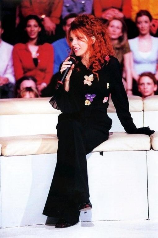 1999-f10 dans Mylène en INTERVIEW