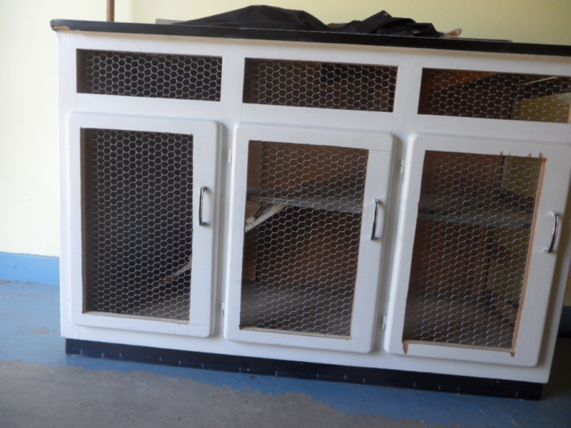 clapier d 39 albert. Black Bedroom Furniture Sets. Home Design Ideas