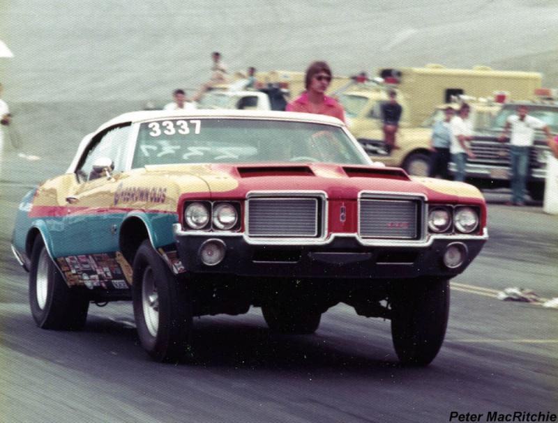 Super Stock Mar 1973 - Mickey Thompson - Butch Maas - Plymouth Cuda - Tom McEwen