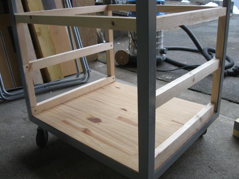 r alisation d 39 une servante d 39 atelier. Black Bedroom Furniture Sets. Home Design Ideas