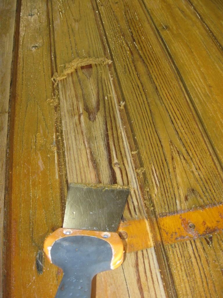 Decaper volet bois decapeur thermique for Decaper des volets en bois peints