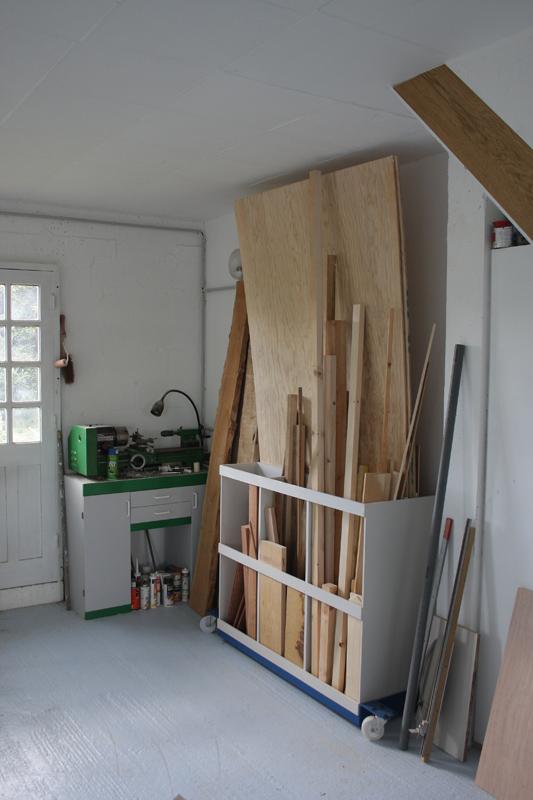 et vos chutes de bois vous les rangez comment copain. Black Bedroom Furniture Sets. Home Design Ideas