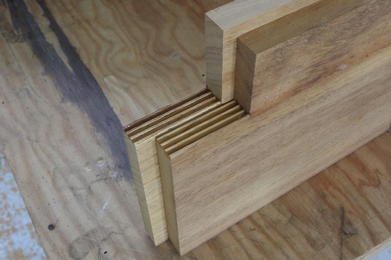 colle bois et d riv s que choisir. Black Bedroom Furniture Sets. Home Design Ideas