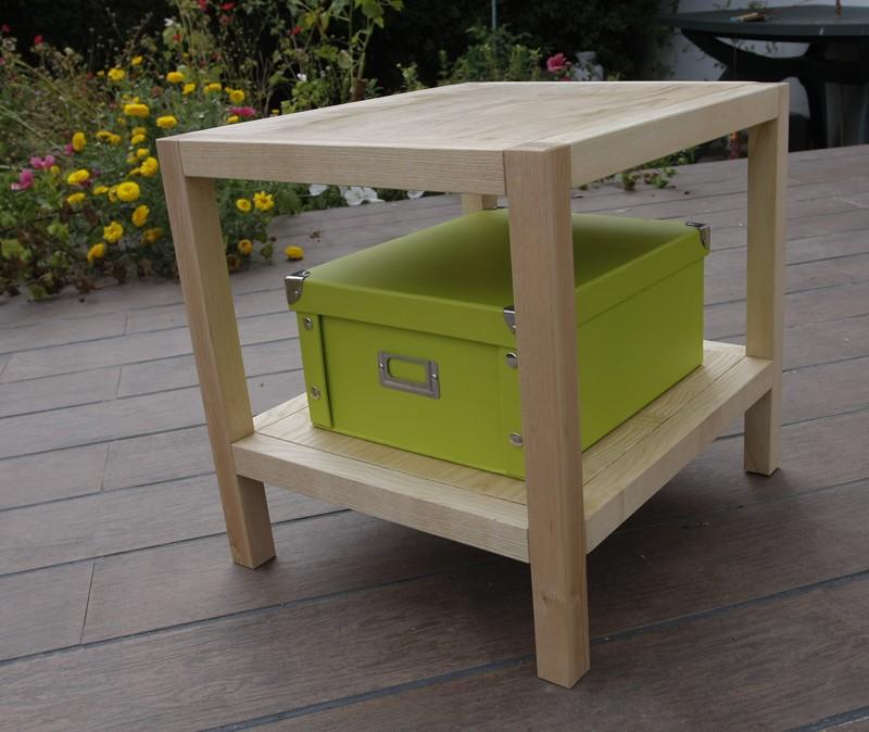 Une table basse bois et verre for Table a repasser largeur 52