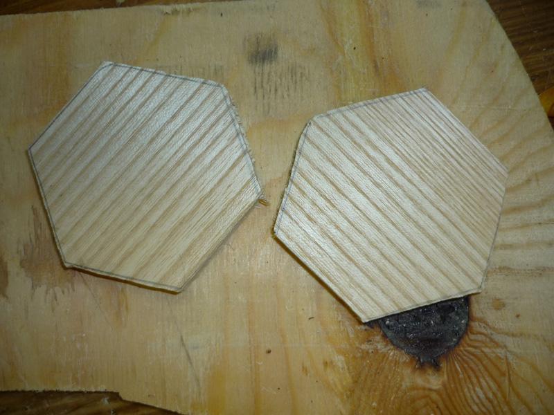 Assemblage Bois Hexagone : Mise en place de l'hexagone sur gabarit