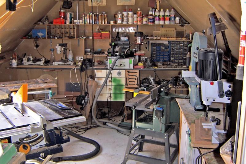 Montage d 39 une scie circulaire portative sous table for Utiliser une scie sauteuse