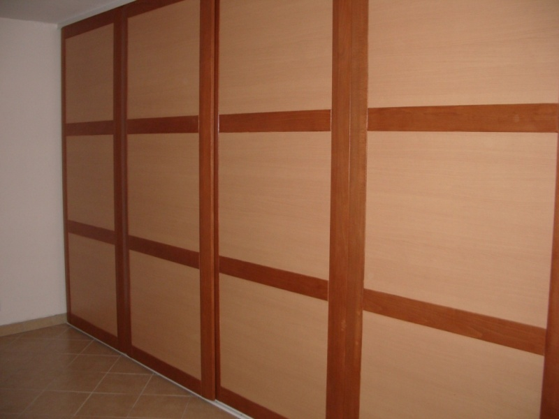 fabrication portes placards coulissantes page 2. Black Bedroom Furniture Sets. Home Design Ideas