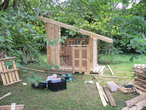 Construction en palette maisons autrement alternative for Construction en palette