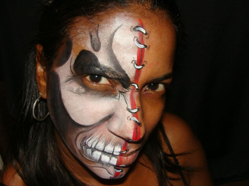 Scary Halloween Face Painting http://www.facepaintforum.com/t8021-sharing-scary-half-faces-for-halloween