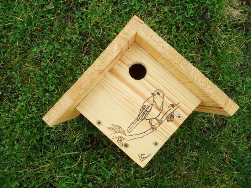 nids artificiel pour oiseaux. Black Bedroom Furniture Sets. Home Design Ideas